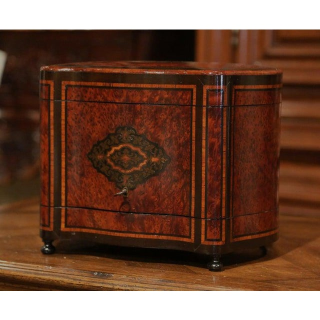 19th Century French Napoleon III Walnut and Burl Complete Cave a Liqueur For Sale - Image 11 of 13