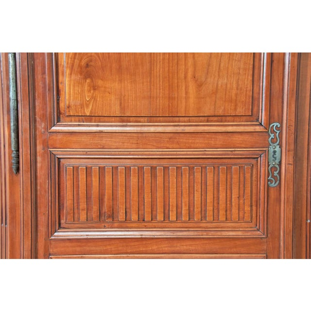 18th Century french Louis XVI Walnut Chateau Armoire For Sale - Image 9 of 9