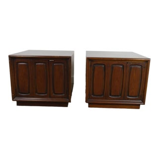 1960s Mid Century Modern Broyhill Side Tables-a Pair For Sale