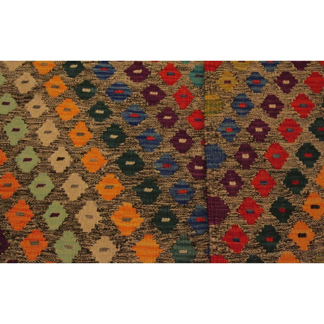 Abstract Southwestern Tribal Manuel Gray/Blue Hand-Woven Kilim Wool Rug -5'0 X 6'8 For Sale In New York - Image 6 of 8