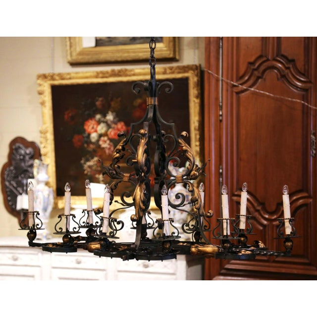 Early 20th Century French Painted & Gilt Iron Flat Bottom Ten-Light Chandelier For Sale - Image 13 of 13