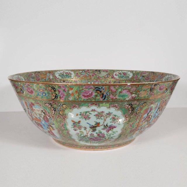 "Black Important ""Mandarin"" Style Rose Medallion Chinese Export Ceramic Bowl For Sale - Image 8 of 11"