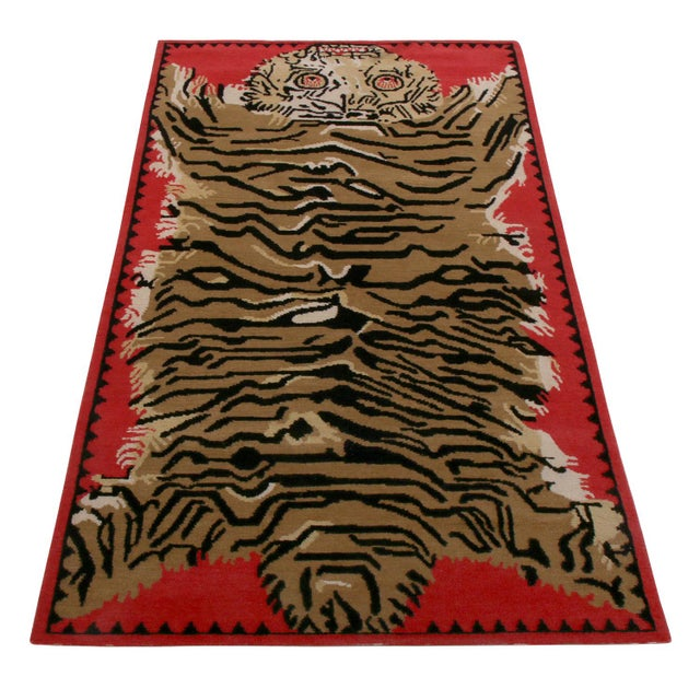 Hand knotted in wool originating from one of our most respected looms in Nepal, Rug & Kilim's latest addition to its...