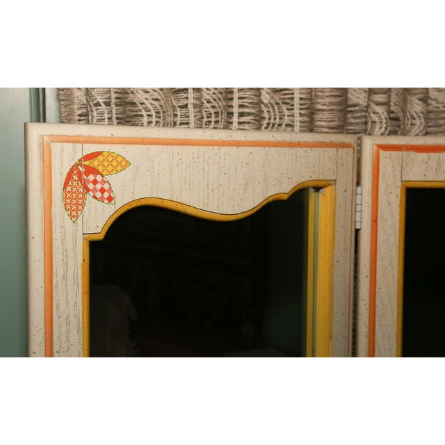 Mid-Century Tri-Fold Mirrored Screen For Sale - Image 4 of 11