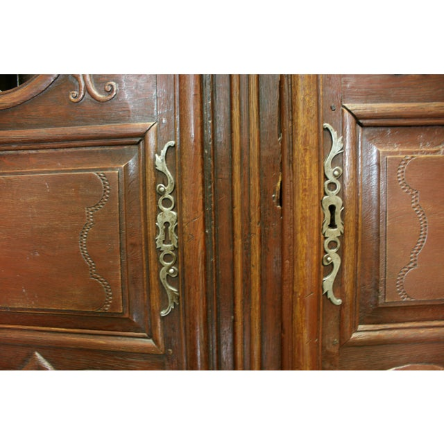English Hand Carved Armoire For Sale In New York - Image 6 of 9