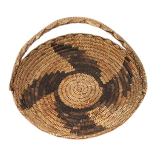 Early 20th Century Papago Indian Handled Basket For Sale
