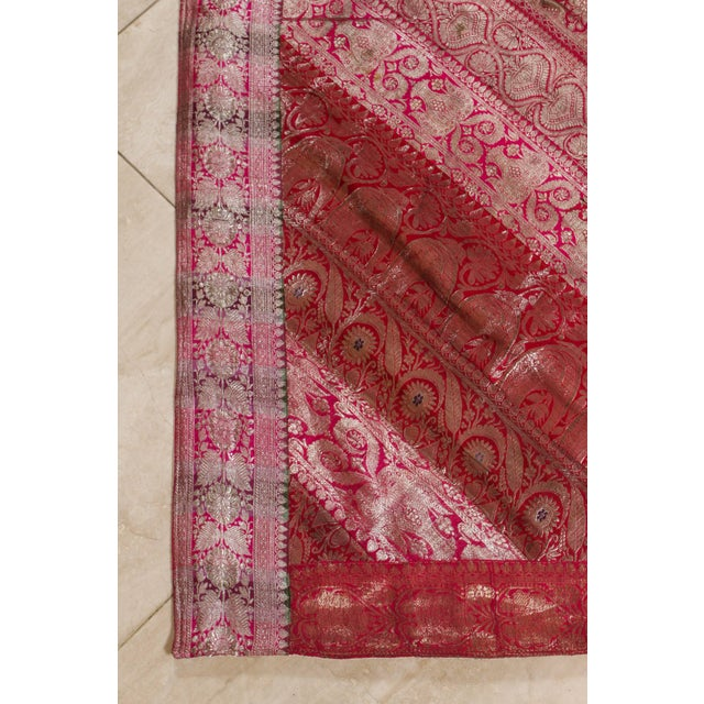 Pink Indian Silk Sari Tapestry Quilt Patchwork Bedcover Fuchsia Color For Sale - Image 8 of 10