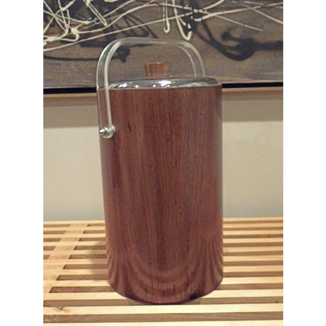 The American Thermos Bottle Company Thermos Mid-Century Vintage Teak Ice Bucket With Glass Liner For Sale - Image 4 of 8