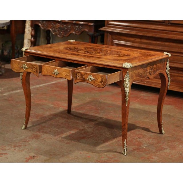 Early 19th Century French Louis XV Marquetry Lady's Desk With Bronze Mounts For Sale In Dallas - Image 6 of 11