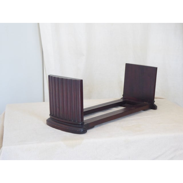 Late 20th Century Vintage Traditional Mahogany Column Form Bookends For Sale - Image 5 of 5