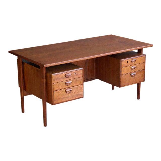 Executive Teak Desk Model FM 60 by Kai Kristiansen for Feldballes Møbelfabrik For Sale