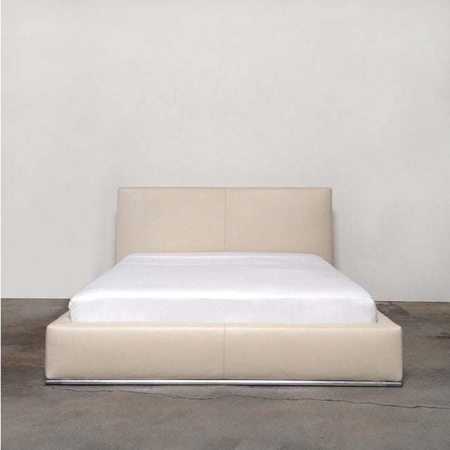 Contemporary B&B Italia Marcel Queen Bed For Sale - Image 3 of 7