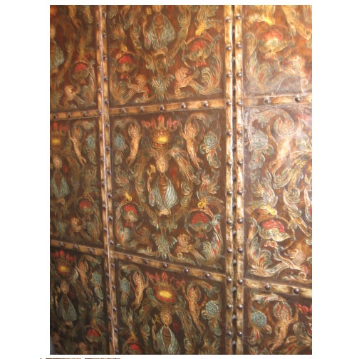English Traditional Antique Allegorical Raised Leather 3 Panel Screen, Shades of Dark Brown, Blue, Red For Sale - Image 3 of 5