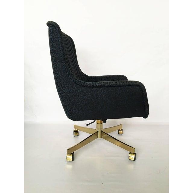 Ward Bennett Set of Eight Ward Bennett for Brickel Associates Swivel Chairs For Sale - Image 4 of 10