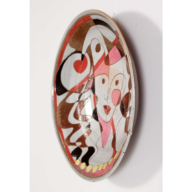 Fantoni Mid 20th Century Art Pottery Incised Harlequin Jester Wall Charger For Sale - Image 4 of 9