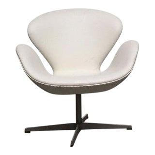 Fritz Hansen 'Swan' Chair by Arne Jacobsen For Sale
