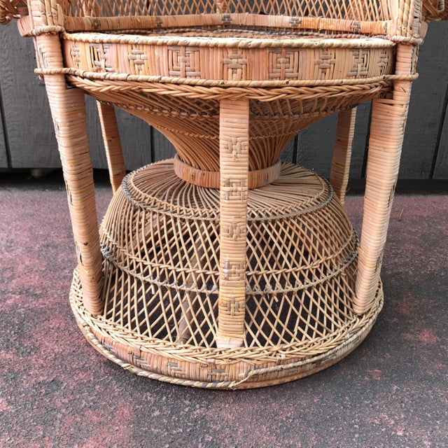 Vintage Wicker Peacock Fan Chair - Image 7 of 7