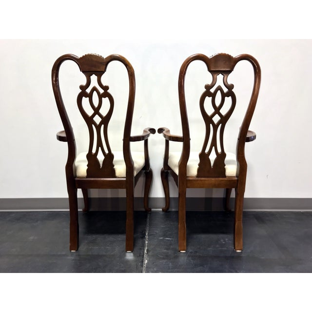 Thomasville Thomasville Cherry Queen Anne Style Dining Captain's Arm Chairs - Pair For Sale - Image 4 of 12