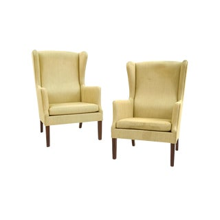 Midcentury Wingback Armchairs Attributed to Peter Hvidt - a Pair For Sale