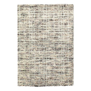 Pasargad Modern Gray Crosshatch Hand-Made Bamboo Silk Indo Rug - 2′ × 2′11″ For Sale