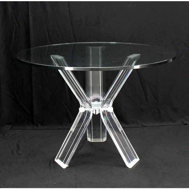 Mid-Century Modern Lucite and thick round glass tabletop dinette dining or game set. 16 x 19 x 42 chairs.