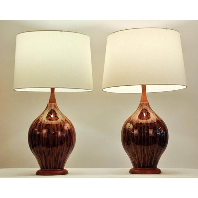 Mid 20th Century Mid Century Italian Glazed Porcelain Table Lamps - a Pair For Sale - Image 5 of 7