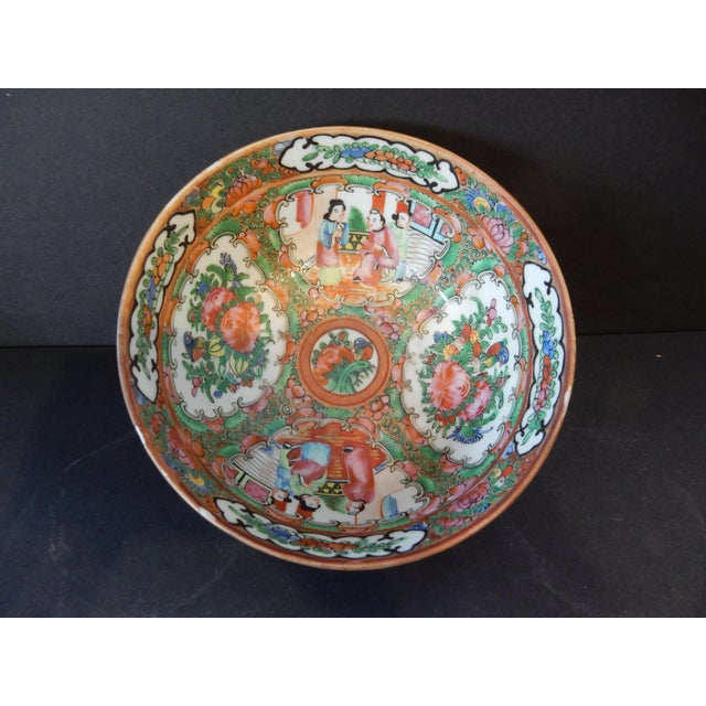 Antique Chinese Export Porcelain Rose Medallion Bowl For Sale - Image 9 of 11