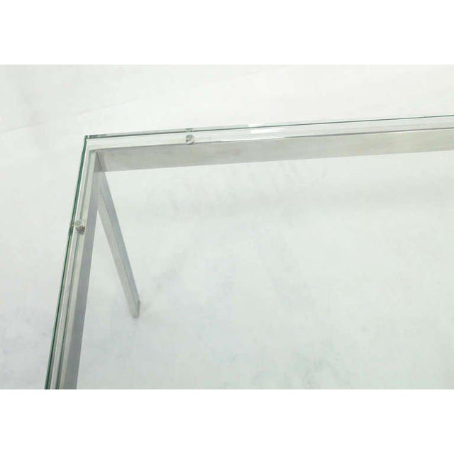 1900 - 1909 Mid-Century Modern Style Large Square Stainless Base and Glass-Top Coffee Table For Sale - Image 5 of 9