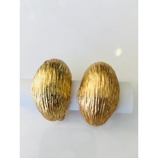 Vintage Gold Tone Clip Earrings Preview