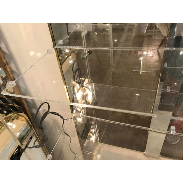 Mid Century Modern Tall Lucite, Mirror & Gold Tone Metal Cabinet w/ Lighting - Image 8 of 10