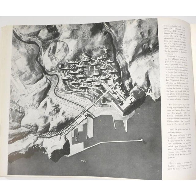 Le Corbusier Book with Inscription For Sale In New York - Image 6 of 10