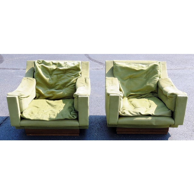 Pair of Mid Century Modern Lounge Chairs For Sale - Image 10 of 10