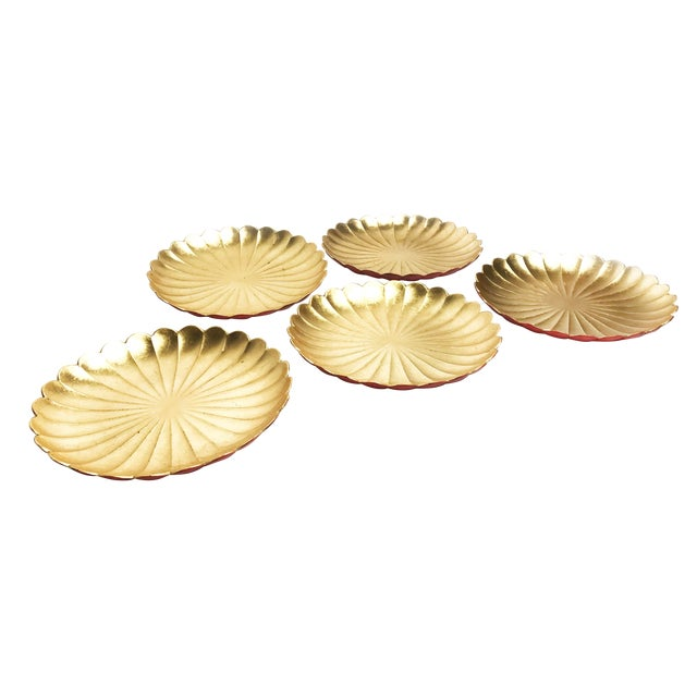1960's Japanese Lacquer Ware Plates in a Floral Shape - Set of 5 For Sale