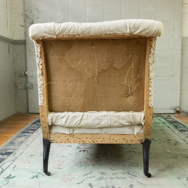 White French 19th Century Napoleon III Tufted Chaise Longue With One Long Arm For Sale - Image 8 of 10