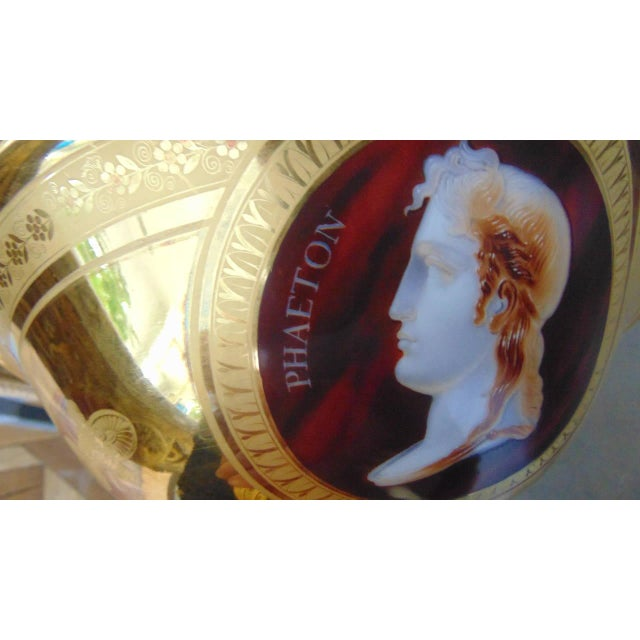 Empire Porcelain Bowl With Cameo Profiles For Sale - Image 4 of 11