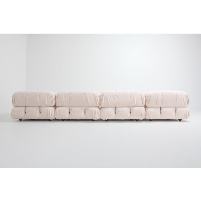 1970s Mario Bellini Nude Rose Velvet 'Camaleonda' Sectional Sofa - 1970s For Sale - Image 5 of 12