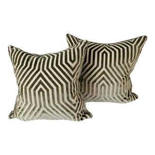 "Contemporary Schumacher ""Vanderbilt"" Velvet Pillows in Dove - a Pair For Sale"