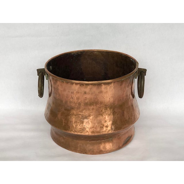 1940s 1940s Country Hammered Copper Cache Pot Planter For Sale - Image 5 of 11