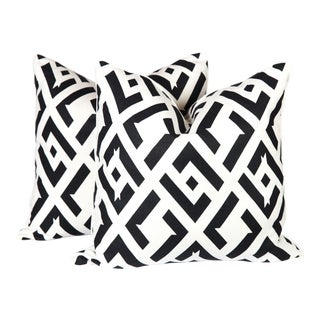 Nero China Club Linen Pillows - A Pair For Sale