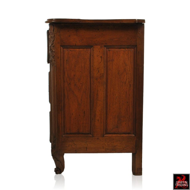 Large 18th Century Louis XV Period Walnut Commode or Chest of Drawers For Sale In Dallas - Image 6 of 13