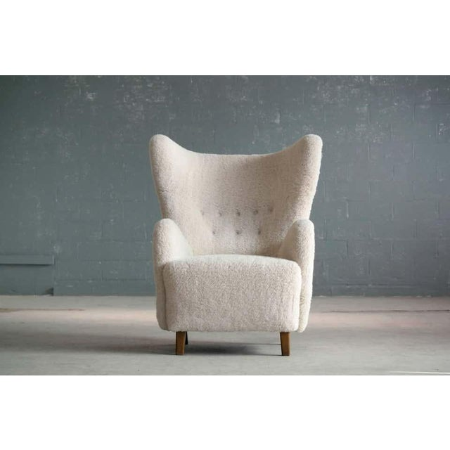 High Back Lounge Chair in Lambswool Danish 1940's Attributed to Flemming Lassen For Sale In New York - Image 6 of 11