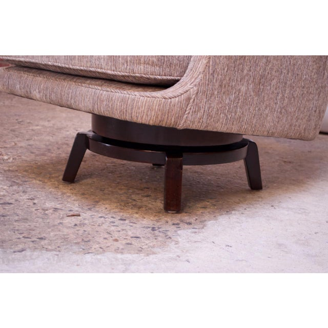 Edward Wormley for Dunbar Revolving Lounge Chair in Mahogany For Sale - Image 10 of 13