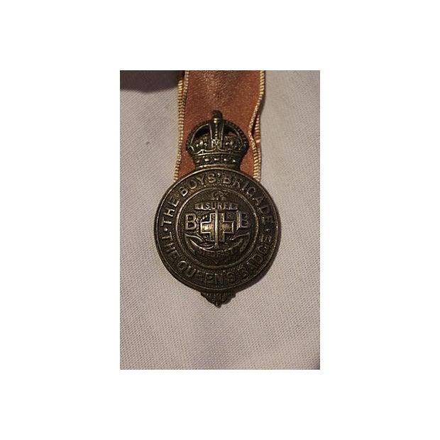 Vintage English Boy Brigade Badge Ornament - Image 3 of 3