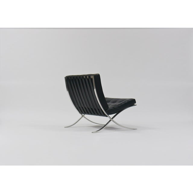 Ludwig Mies van der Rohe Exceptional Pair of Barcelona Chairs by Mies Van Der Rohe for Knoll For Sale - Image 4 of 10