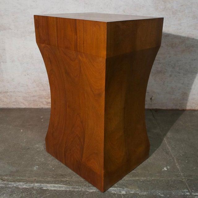 Hollywood Regency Walnut Pedestal For Sale - Image 3 of 7