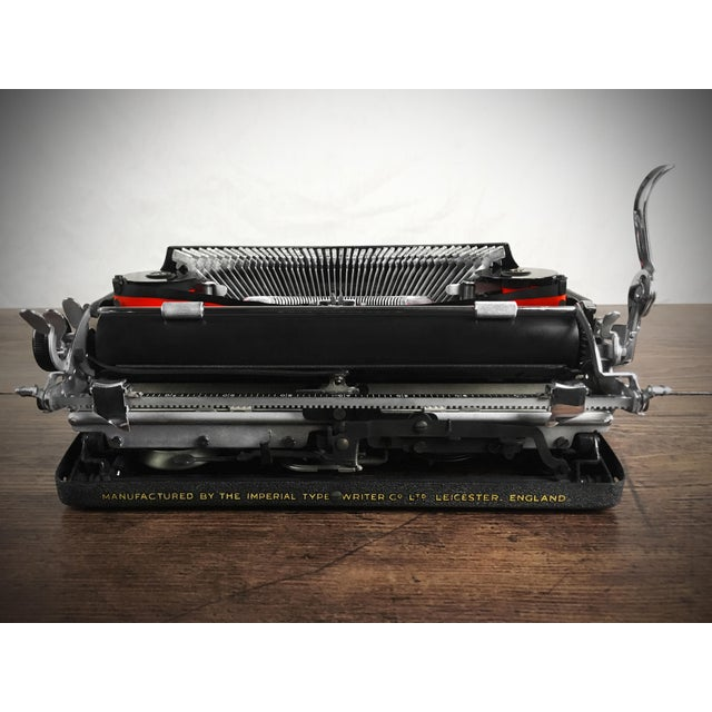 Vintage 1930s Art Deco Styled Imperial 'Good Companion' Portable Typewriter, Fully Refurbished, Impeccable - Image 5 of 9