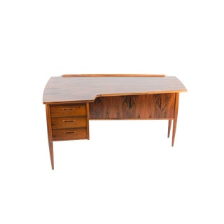 1960s Mid-Century Modern Goran Strand for Lelangs Mobelfabrik Rosewood Boomerang Desk For Sale