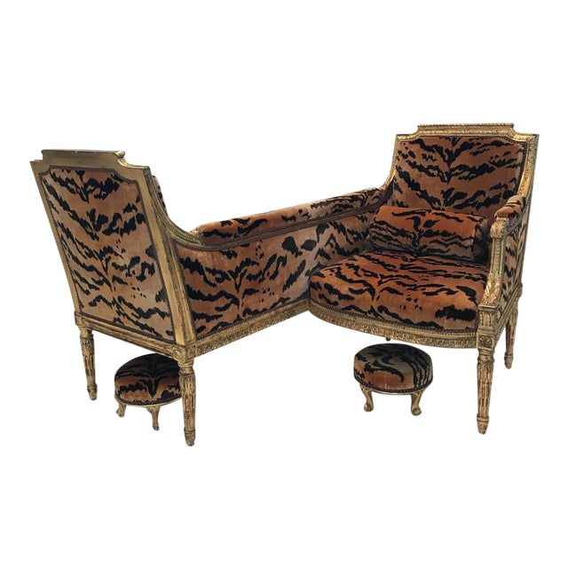 Vintage French Louis XVI Style Giltwood Tete-A-Tete Settee For Sale