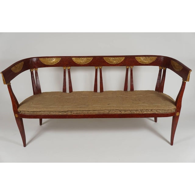 Italian 'Egyptian' Style Parcel Gilt and Painted Settee, Circa 1805 For Sale In New York - Image 6 of 11