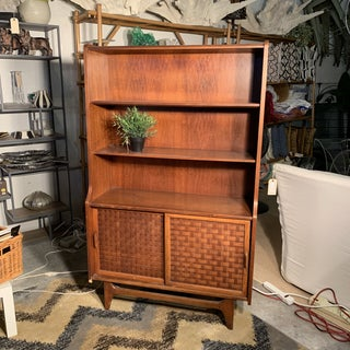 Mid Century Modern Bookcase Preview